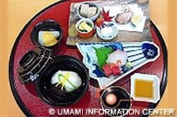 デモンストレーションされた 日本料理の品々